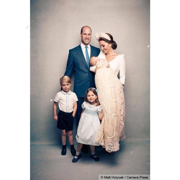 Ducii de Cambridge, Prințul William și Kate Middleton, alături de cei trei copii ai lor: Prințul George, Prințesa Charlotte și Prințul Louis.
