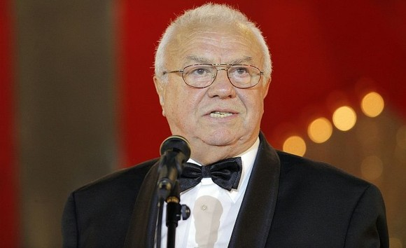 alexandru arsinel implineste 80 de ani