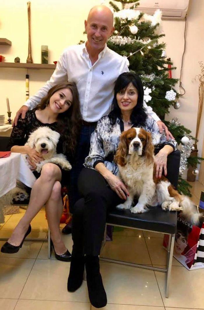 Mugur Mihaescu, soția și fiica