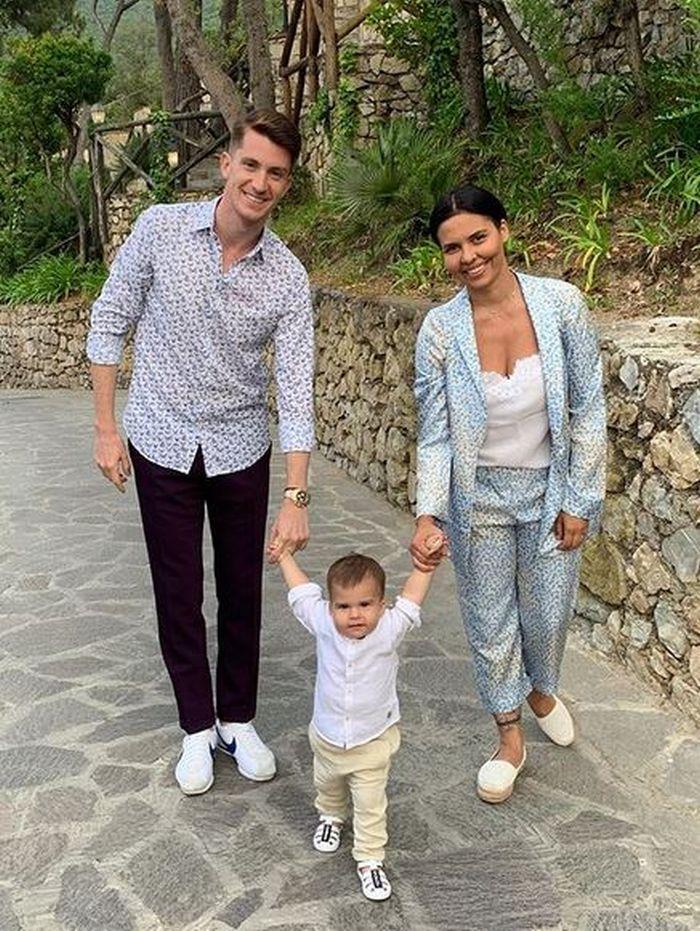 Andreea Popescu și familia ei