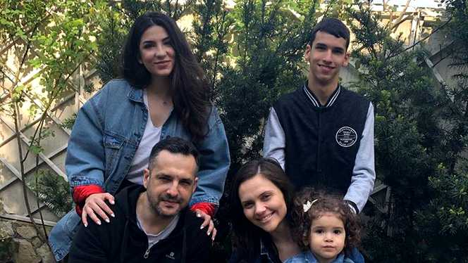 Mădălin Ionescu are doi copii din prima căsătorie, Filip şi Ştefania şi o fetiţă, Petra, din căsnicia cu Cristina Şişcanu