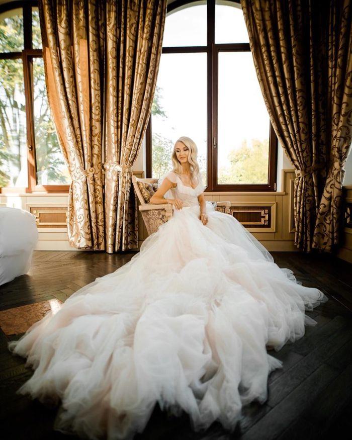 Andreea Bălan, în rochie de mireasă