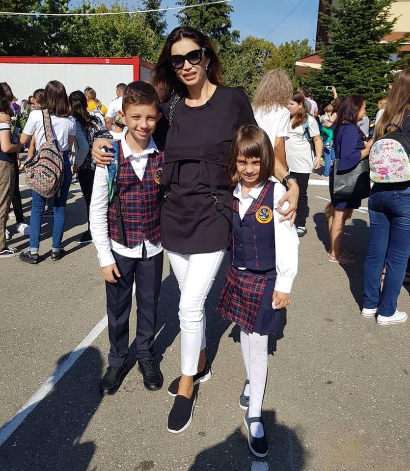 Cristina Spatar si copiii 1