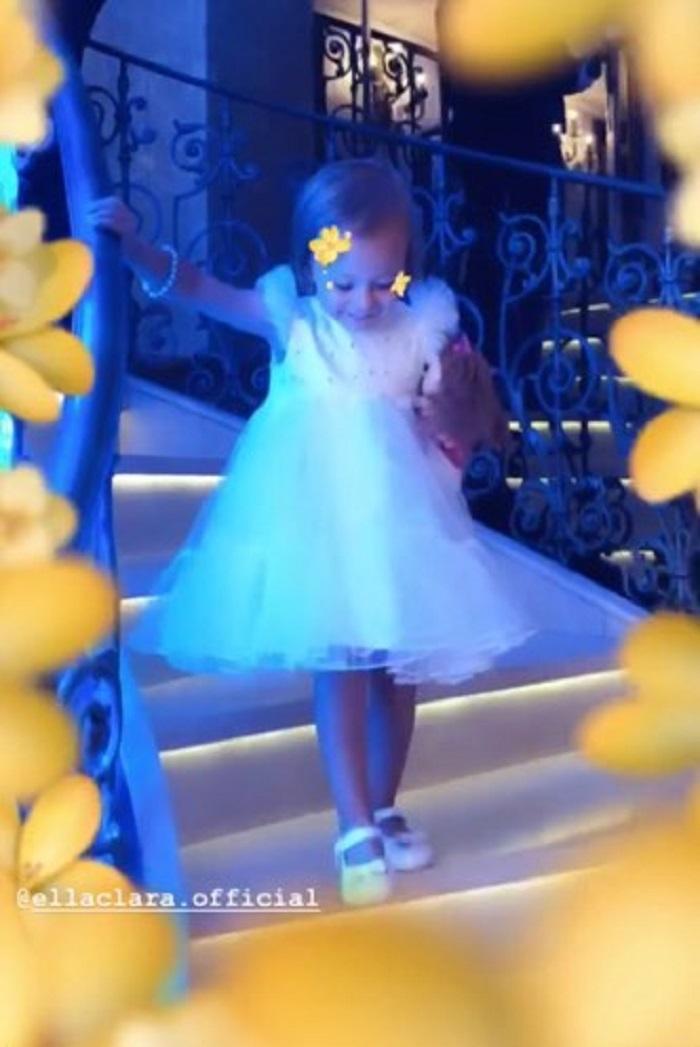 Ella, fetița Andreei Bălan