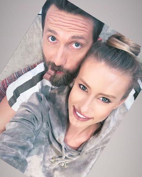 Gabriela Prisăcariu şi Dani Oţil, prima poză împreună