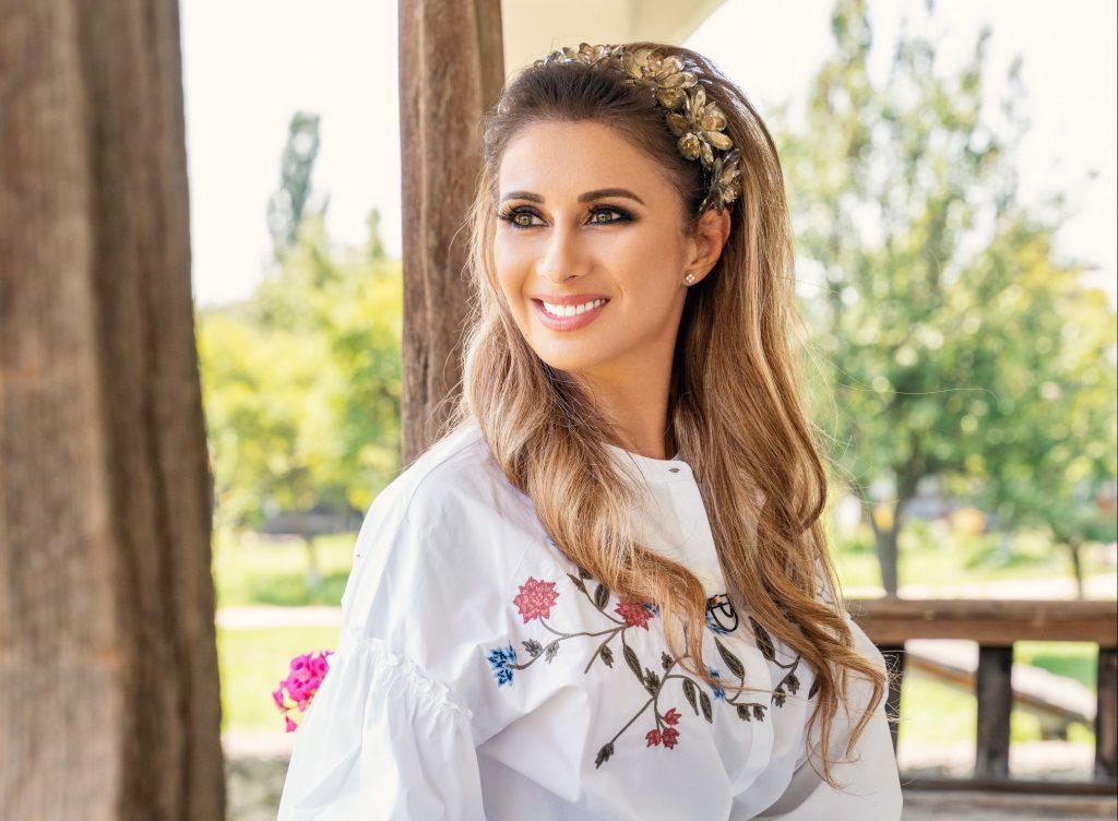 Cum se înțelege Anamaria Prodan cu Geanina Ilieș după ce a fost înlocuită de fosta prezentatoare la