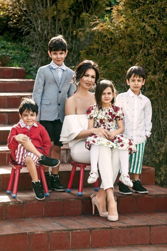 Nicoleta Luciu și copiii
