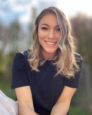 """Monica Roșu este însărcinată pentru prima dată. Fosta gimnastă a dat marea veste, în direct, la TV: """"Undeva în mai s-a întâmplat fericitul eveniment"""""""