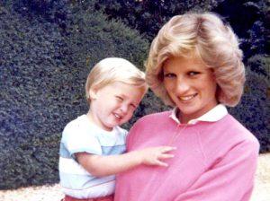 """Prințul Harry, mărturisire dureroasă despre moartea Prințesei Diana: """"Dacă aș fi știut că a fost ultima dată când am vorbit cu mama mea…"""""""