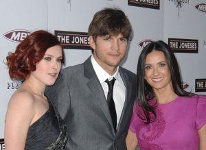 Fiica lui Demi Moore a fost îndrăgostită de Ashton Kutcher! Ce s-a întâmplat când a aflat că mama ei se iubea cu actorul