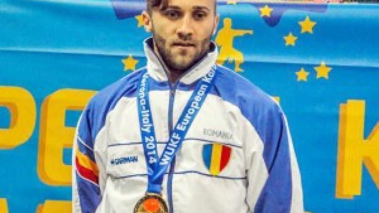 Cine este Cosmin Stanciu de la Survivor. Face karate și e de 6 ori campion mondial | Stiri, Vedete si Evenimente | Viva.ro