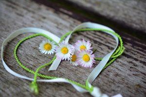 Dragobetele, sărbătoarea iubirii la români. Obiceiuri pe 24 februarie