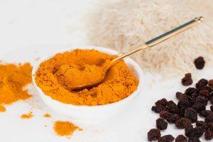 Ce este curry și în ce preparate se folosește