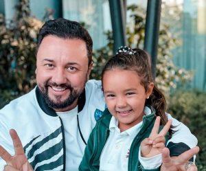 Eva, fiica lui Cătălin Măruță, seamănă leit cu tatăl ei! Cum arăta prezentatorul TV în copilărie