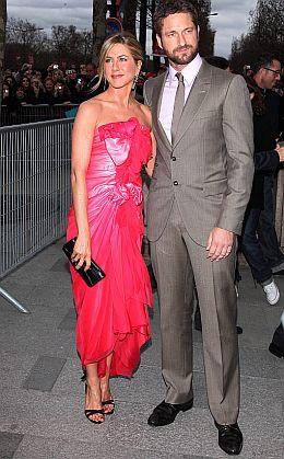 Jennifer Aniston sărută mai bine - așa crede Gerard Butler!