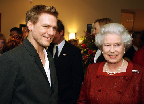 Elisabeta a II-a, Bryan Adams