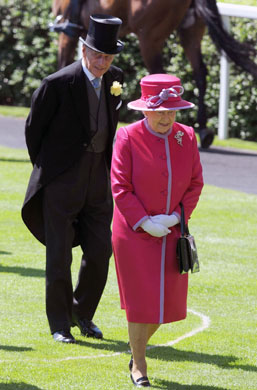 Regina Elisabeta a II-a, printul Philip