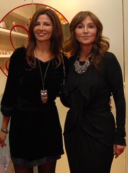 Oana Cuzino si Anastasia Soare