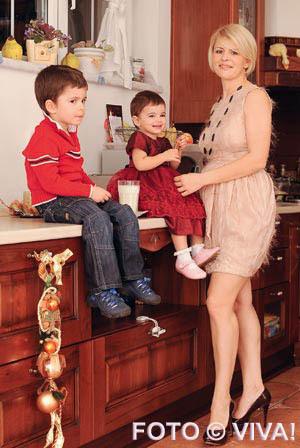 Sanda Ladosi, copii