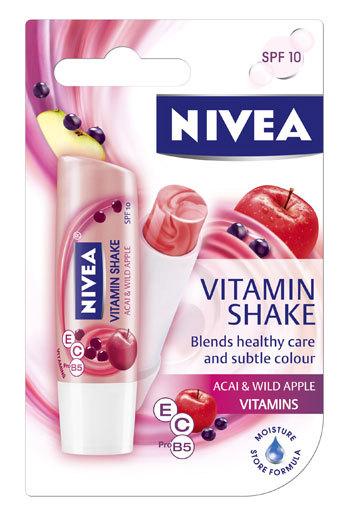 Noul Vitamin Shake Acai & Wild Apple de la NIVEA Lip Care