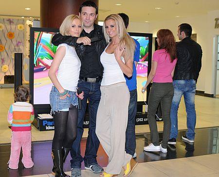 Danile Buzdgan, Andreea Perju, Marina Dina